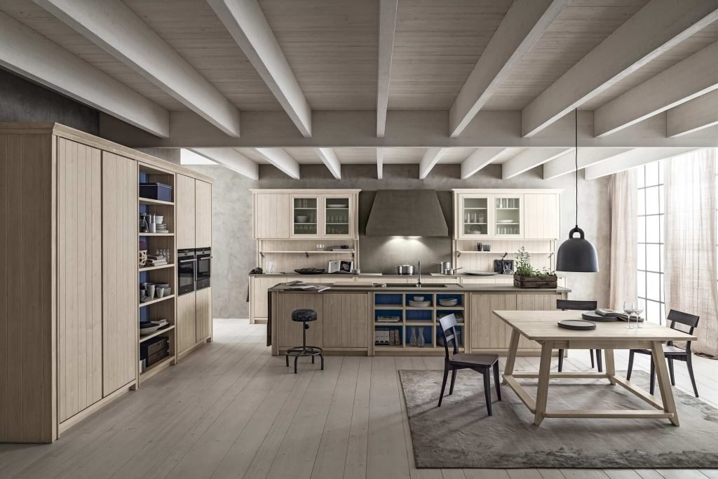 Cucina in massello di abete rosso,proposta tra le cucine moderne e classiche di tendenza di Lab Cucine Torino.