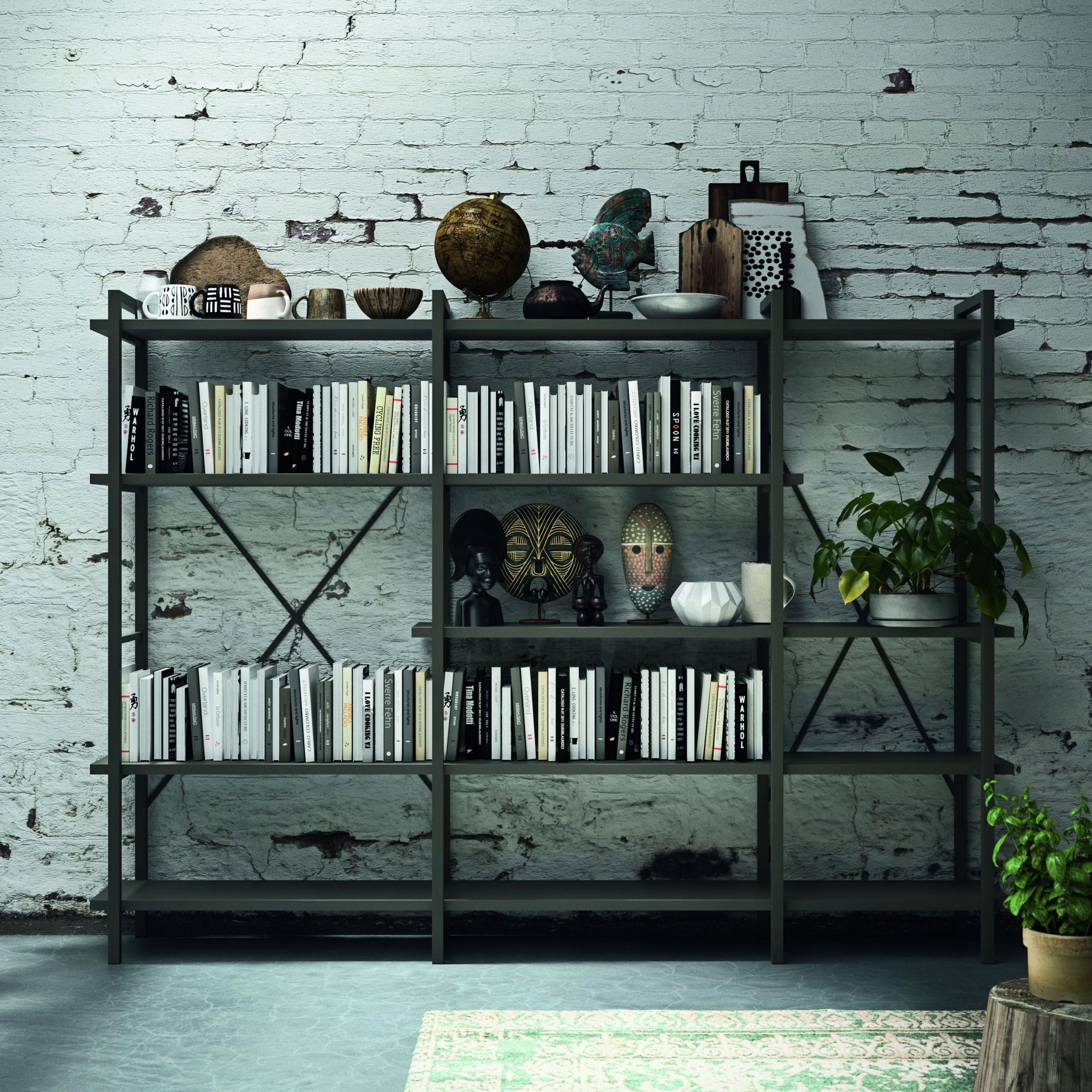 Libreria in ferro , complemento caratterizzante nelle cucine in stile industriale