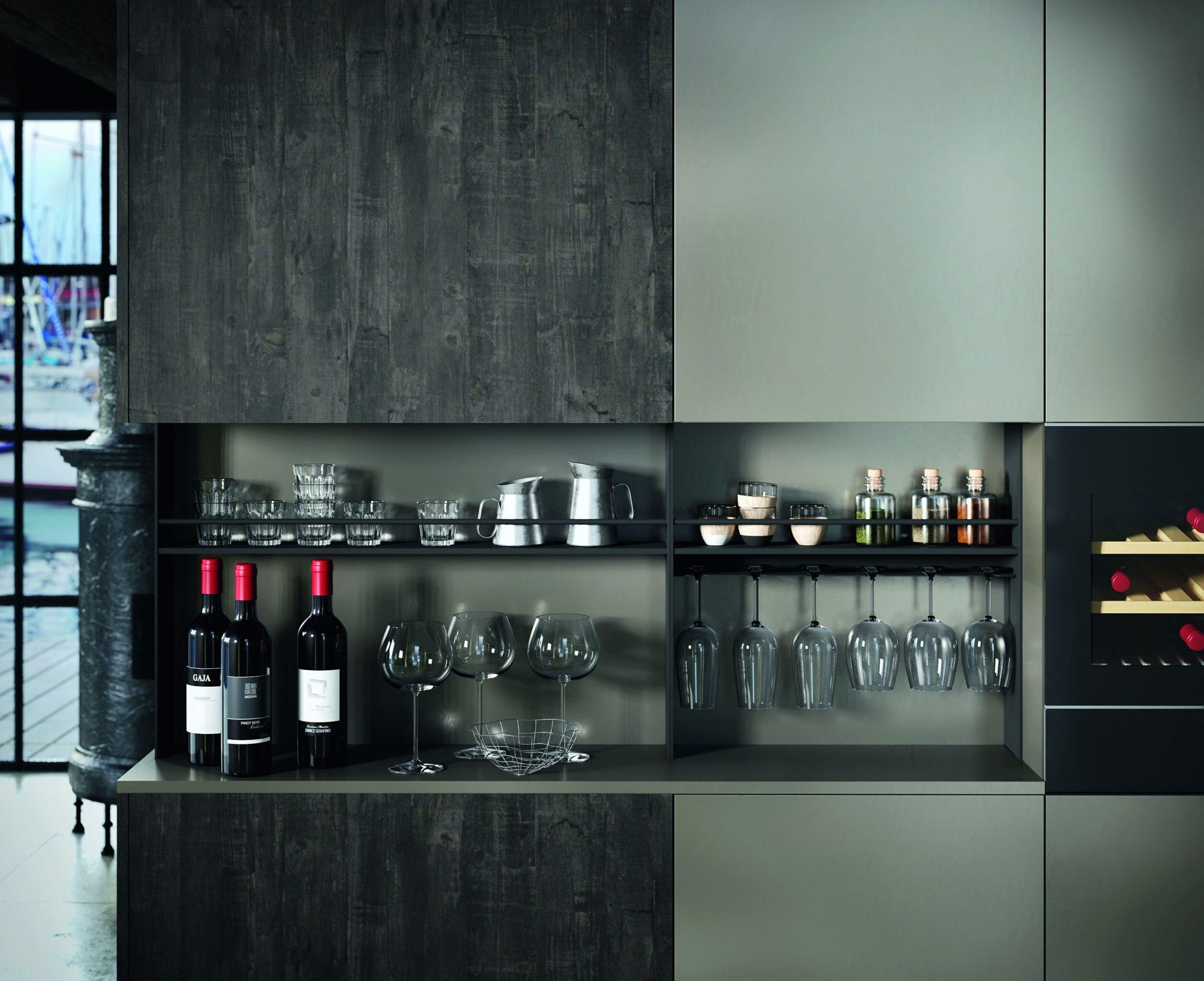 La cucina Industrial effetto ruggine , tanti elementi personalizzati.