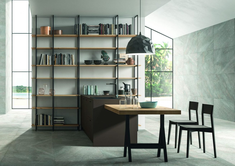 Scaffalatura e gambone in metallo stile Industrial anche per la cucina di design Rovere Nodato