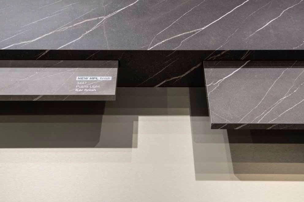 Cucina design in HPL laminato con alte qualità di resistenza e in diverse finiture